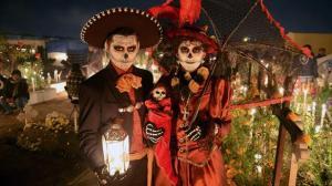 halloween-around-the-world-mexico.rend.tccom.616.347